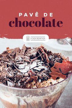 Pavê de chocolate  Para continuar nossa série de receitas que não podem faltar no Natal, hoje trouxemos o Pavê de Chocolate, uma das sobremesas mais clássicas da família brasileira. Isso porque é fácil de fazer, leva ingredientes simples e fica uma delícia. Acesse e confira o passo a passo completo!  #receitafacil #receitadenatal #receitasnatalinas #sobremesasdenatal #sobremesaparaonatal #pavedechocolate #ceiadenatal #comidacaseira #acasaencantada Acai Bowl, Breakfast, Blog, Homemade Desserts, Holiday Desserts, Easy Desserts, Dessert Ideas, Light Appetizers, Food Items
