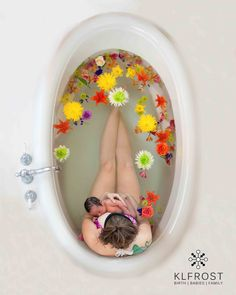 floral bath session. postpartum herbal bath. newborn session. breastfeeding session. www.klfrost.com