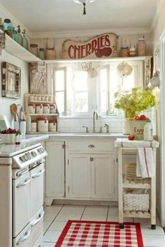 Reminds me a bit of Grandma Murphy's kitchen : )