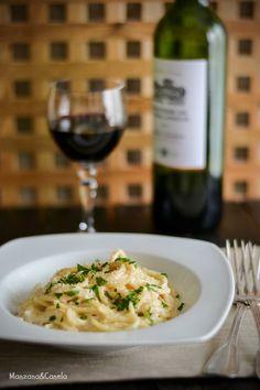 Spaguetti con gorgonzola, tomates secos y nueces