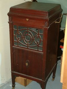 *VICTROLA ~ My great Grandmother used to have one similar to this.