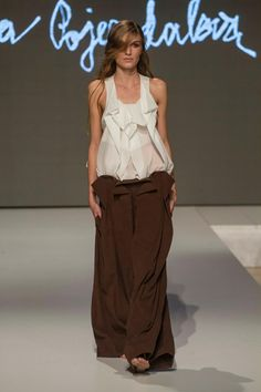 Collection of Andrea Pojezdálová presented during Fashion LIVE! Parachute Pants, Live, Collection, Fashion, Moda, La Mode, Fasion, Fashion Models, Trendy Fashion