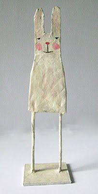 BoLLOs Y bOLLiToS: Conejo Paper Mache Diy, Paper Clay, Paper Art, Diy For Kids, Crafts For Kids, Arts And Crafts, Diy Crafts, Decoration Crafts, Fabric Birds