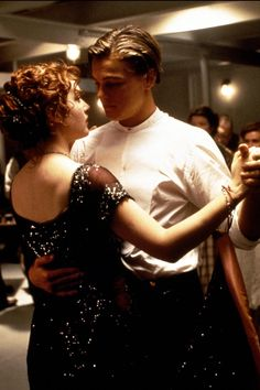 A great poster from the movie Titanic! Leonardo Di Caprio and Kate Winslet share a final dance. Check out the rest of our excellent selection of Titanic posters! Need Poster Mounts. Leonardo Dicaprio Kate Winslet, Kate Winslet And Leonardo, Titanic Kate Winslet, Kate Titanic, Jack Dawson, Iconic Movies, Great Movies, Film Titanic, Titanic Poster