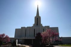 This is why I love being Mormon -  Jordan River LDS Temple / http://www.mormonproducts.net/?p=188