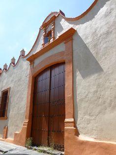 Stucco - Parapet  Coyoacan, MEXICO CITY