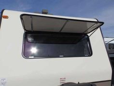 2016 New Forest River ROCKWOOD 2109,1 SLIDE, SAPPHIRE PACKAGE,HEATED MATTRESS Travel Trailer in California CA.Recreational Vehicle, rv, WE DO NOT CHARGE FOR PDI OR PREP FEE LIKE MOST OTHER DEALER'S! NEW 2016 FOREST RIVER ROCKWOOD 2109S, REAR BATHROOM MODEL WITH FRONT WALK AROUND QUEEN BED, 21 FT LONG PULL TRAVEL TRAILER, VERY LIGHT WEIGHT, DRY WEIGHT ONLY 4202 LBS, 1-SLIDE OUT,***UPGRADED SAPPHIRE PACKAGE INCLUDES OYSTER COLORED FIBERGLASS, BONDED WINDOWS, AND ALUMINUM WHEELS ***UPGRADED…