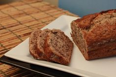 This Sugar Free Banana Bread Recipe is a great tasting alternative to most banana bread recipes out there (That are chalked full of bad-for-you sugar! Diabetic Desserts, Sugar Free Desserts, Sugar Free Recipes, Dessert Recipes, Sugar Free Banana Bread, Banana Bread Recipes, Breakfast Ideas, Biscuits, Sweet Tooth