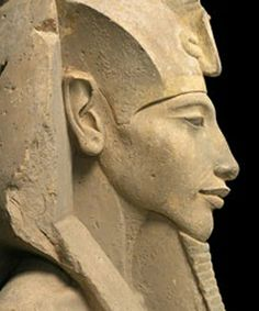 The Pharaoh Akhenaten - Ancient Egypt Egyptian Pharaohs, Ancient Egyptian Art, Ancient History, Art History, Modern History, Art Premier, Art Sculpture, Ancient Artifacts, Ancient Civilizations