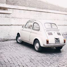 white, car, and vintage-bild