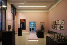 museum - installations - alterations - exhibition - beauty - art nouveau -  rosa - tailor made - catwalk - artwork - lighting - sculpture - black - showcase - ausstellung - kunst - museum - laufsteg - rosa - beleuchtung - skulpturen