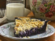 Yum... I'd Pinch That! | Homemade Wild Blueberry Pie with Crumb Top!
