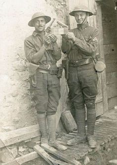 AEF: American Expeditionary Force, World War World War One, First World, D Day Normandy, Great Warriors, War Dogs, Military Photos, American Soldiers, Modern Warfare, African American History