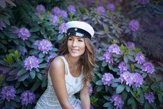 Viralliset YO/ Sanni Pasuri | Paper Planes - Juuli Johanna | Bloglovin' Paper Planes, Photo Ideas, Captain Hat, Photography, Outfits, Fashion, Students, Shots Ideas, Moda