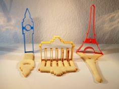 First we take Berlin, then London and Paris (Brandeburg Gate, Big Ben, Eiffel Tower cookies)