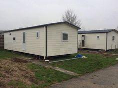 2 identieke chalets gebouwd voor opdrachtgever camping Kerk - Avezaath