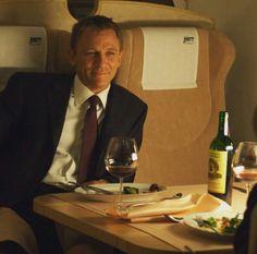 he left a seat for me! Craig Bond, Daniel Craig James Bond, James Bond Actors, Actor James, Rachel Weisz, Casino Royale, Daniel Graig, James Bond Style, Best Bond
