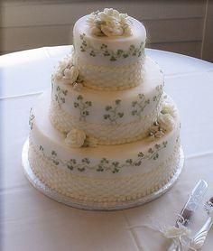 A Belleek inspired Wedding Cake Pretty Cakes, Beautiful Cakes, Amazing Cakes, Celtic Wedding, Irish Wedding, Irish Cake, Irish Recipes, Cake Boss, Fancy Cakes