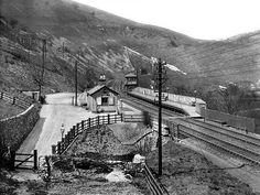Old Train Station, Disused Stations, Steam Railway, Old Trains, 1 Place, Peak District, Steam Engine, Steam Locomotive, Derbyshire