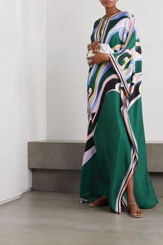 Satin Slip, Silk Satin, Mode Abaya, Beach Dresses, Women's Dresses, Abaya Fashion, Emilio Pucci, Indian Wear, Fashion Brands