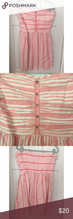 Gap Striped Dress Cotton pink and white striped strapless dress. Sweetheart cut with buttons down front. GAP Dresses Mini