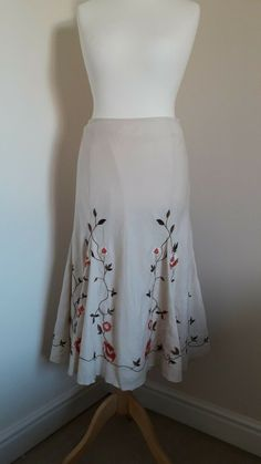M&S Per Una Women's Embroidered Floral Maxi Skirt Size.16L Baggy Jumpers, Lacey Tops, Cotton Maxi Skirts, Sale Uk, Sequin Top, Winter Sweaters, Embroidered Lace, Floral Maxi Dress, Skater Dress