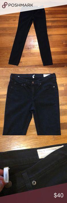 b56d4c9f Rag & Bone mid rise jegging jean 29 Black Rag & Bone jegging jean in black.  Size 29 with inseam and rise.