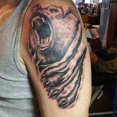 #bear #beartattoo #Tattoo #tattoos #tattooartist #tristaneverett #inkjunkeyz #bnginksociety #bngtattoo #ink #freshink #tattooed #tat #tattoolife #tattooistartmagazine #tattoosnob #tattoooftheday #tattooart #tattooing #tattooist #silverbackink #blxckink