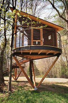 e Tree/House is a unique retreat in the Green Mountains of Vermont