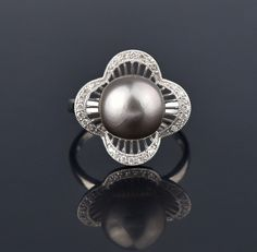 Gray Tahitian Pearl 14K White Gold Diamond Pave Ring #Classic #Pearl #White #Diamond #14K #intage #Gold #Ring #Bird #1920s