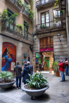 Travel Europe – The Home of Culture – Europe – Visit it and you will love it! El Born Barcelona, Barcelona Catalonia, Barcelona Travel, Beautiful World, Beautiful Places, Barcelona Architecture, Spain And Portugal, London England, Places To See