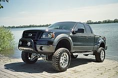 2006 Ford F-150 FX4 SuperCab 4WD Flareside 6.5 ft.