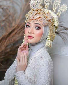 Wedding Beauty, Wedding Makeup, Wedding Poses, Make Up, Gowns, Random, Fashion, Outfits, Wedding Make Up