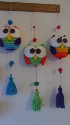 Moviles Owl Crochet Patterns, Crochet Owls, Crochet Home, Amigurumi Patterns, Crochet Animals, Crochet Designs, Crochet Crafts, Yarn Crafts, Crochet Projects
