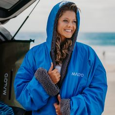 Cover everything while getting changed. Best Camping Gear, Surf Wear, Snowboarding, Outdoor Gear, Wetsuit, Rain Jacket, Surfing, Windbreaker, Cover