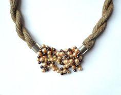 Collar babero de lino collares de la joyería natural por Feltpoint