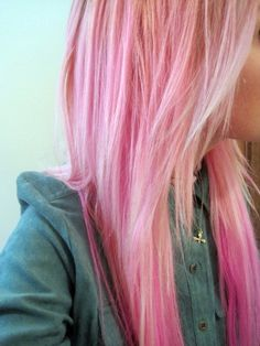 pink hair! Sometimes i wish i was born with blonde hair so i could do cute colors in my hair without having to bleach it.