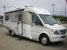 2017 Leisure Travel FX Stock: ordered | Holland Motor Homes