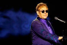 Imagem: Elton John chora em homenagem a George Michael