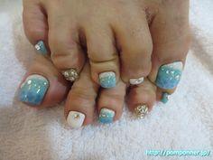 Toe nails some grt ideas ere , Sharon Fahy board