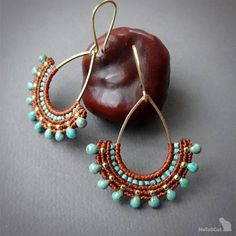 Handcrafted macrame earrings made with linhasita mm thread autumn brown or straw color, MIYUKI beads - Turquoise Blue Picasso , gold plated copper earwires, brass drop. The thin mm linhasita thread gives a very fine look to the earrings. Macrame Earrings, Macrame Jewelry, Swarovski Jewelry, Bead Earrings, Jewelry Shop, Fine Jewelry, Women Jewelry, Jewelry Design, Jewelry Making