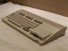 COMMODORE 65 COMPUTER