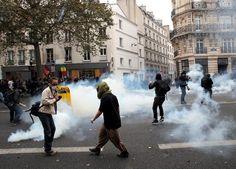 Fransa'da sokaklar savaş alanına döndü | yazarhep.com | Güncel Haberler, Son Dakika Haberleri - Sayfa 2