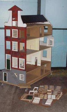 Het Amsterdams Grachtenpand Poppenhuis