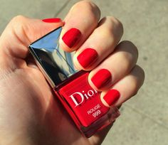 Sunday Nailday: Dior Rouge 999