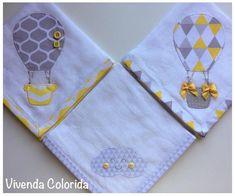 Kit Fralda de boca com três unidades. Fralda Cremer, 100% algodão, com aproximadamente 0,32x0,32cm cada fralda e pode ser produzida em diversas cores, estampas e motivos, à escolha do cliente. *CONSULTE A DISPONIBILIDADE DE COR E ESTAMPA*