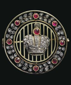 A BELLE EPOQUE JEWELLED SILVER-GILT IMPERIAL PRESENTATION BROOCH, BY FABERGÉ, WITH THE WORKMASTER'S MARK OF ALFRED THIELEMANN, ST. PETERSBURG, CIRCA 1912. #Faberge #BelleÉpoque #brooch