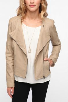 This is another one of those jackets that can be dressed up or worn down. The material and color both make it very versatile.