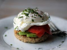 Dill Quinoa Cakes with Avocado, Smoked Salmon, and Poached Eggs a-healthy-lifestyle