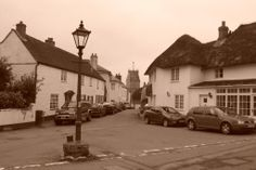 Colyton Church Street - photographer: Robert Bovington  http://bovingtonbitsandblogs.blogspot.com.es/ #England #Devon